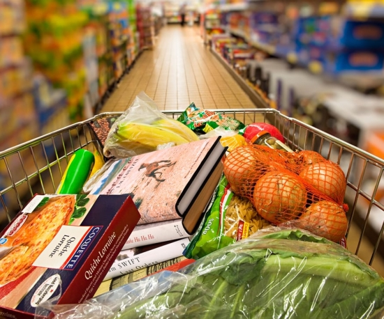 5 ways supermarkets are keeping us spending